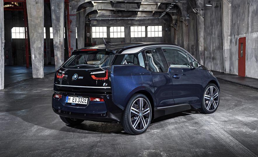 2018 BMW i3s - Slide 62