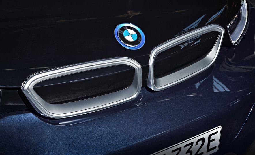 2018 BMW i3s - Slide 64