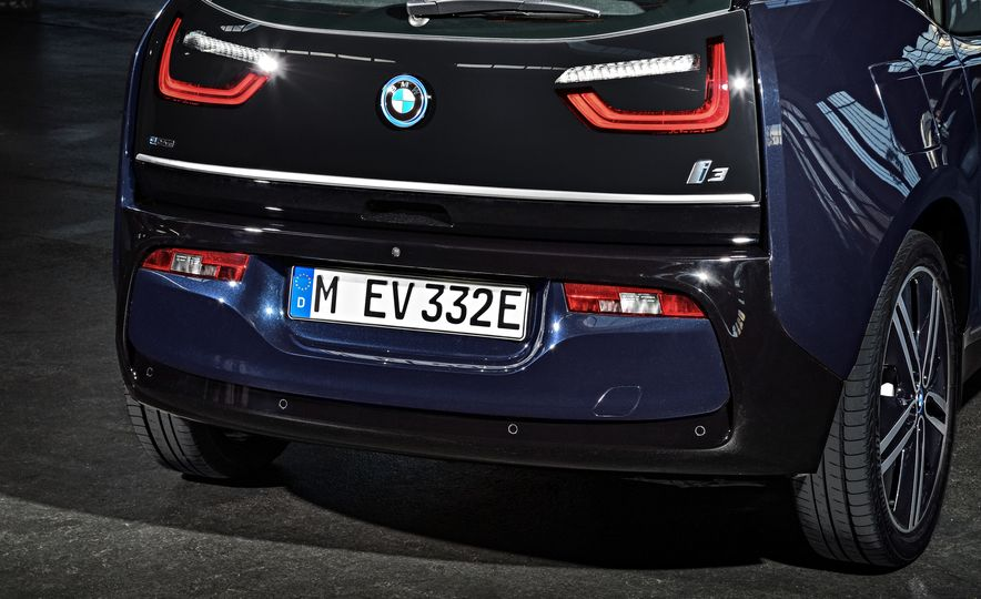 2018 BMW i3s - Slide 65