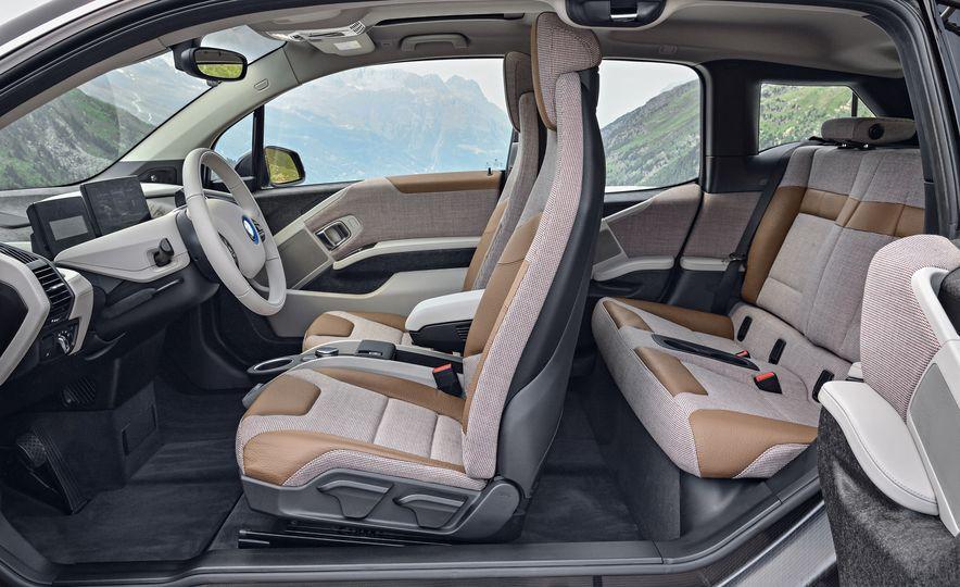 2018 BMW i3s - Slide 68