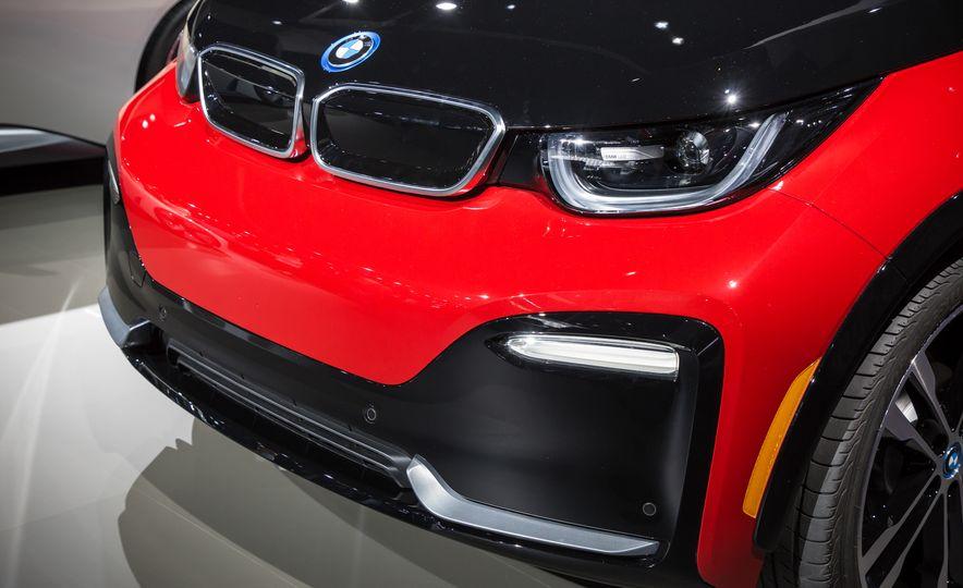 2018 BMW i3s - Slide 4