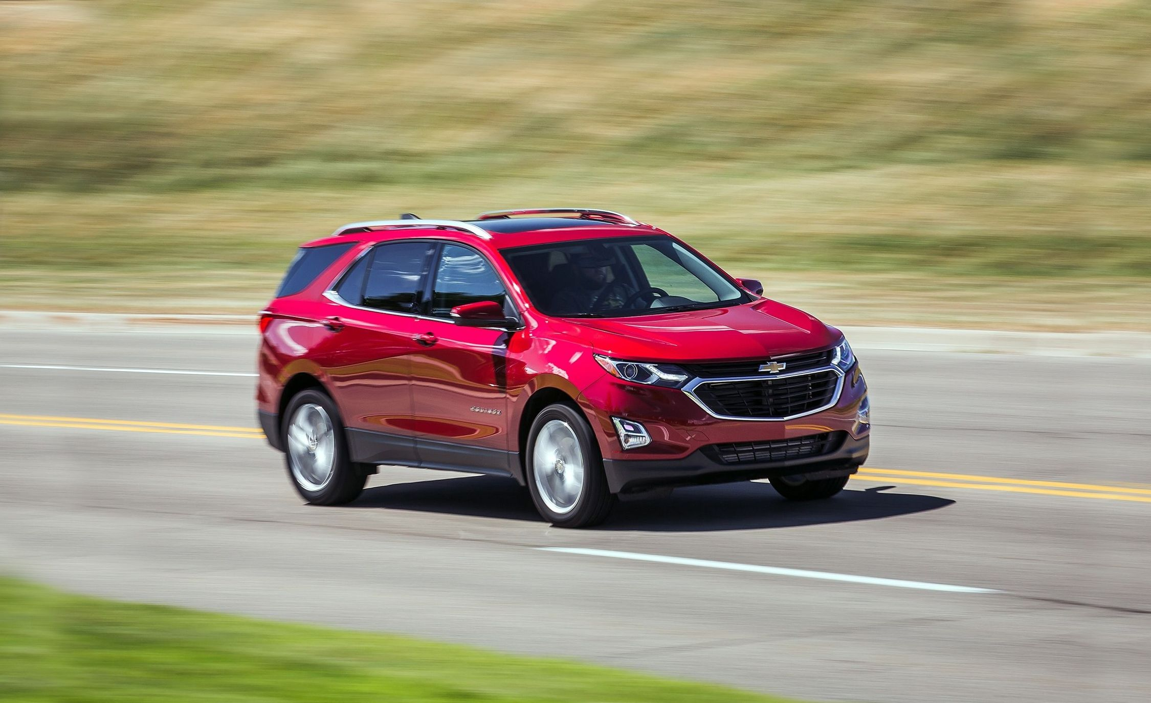 2018 Chevrolet Equinox 2.0T AWD Pictures | Photo Gallery
