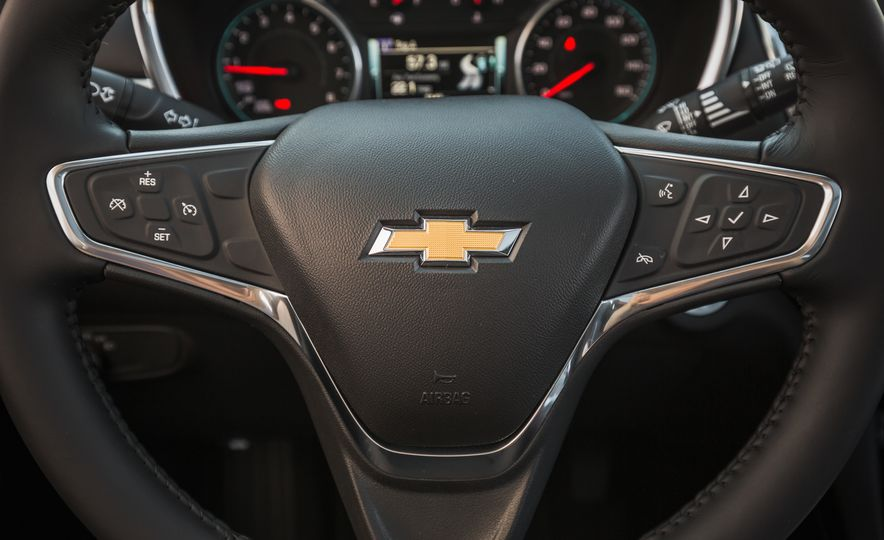 2018 Chevrolet Equinox Diesel - Slide 14