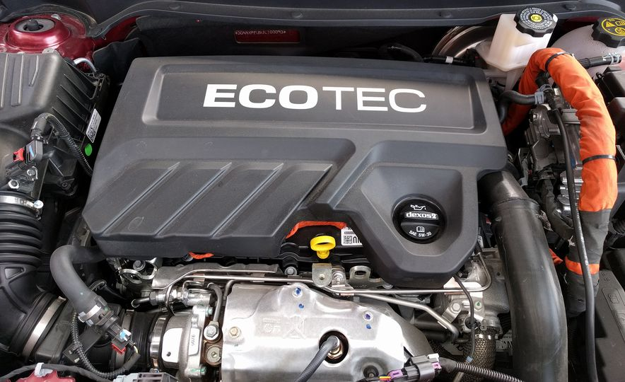 2018 Chevrolet Equinox Diesel - Slide 2
