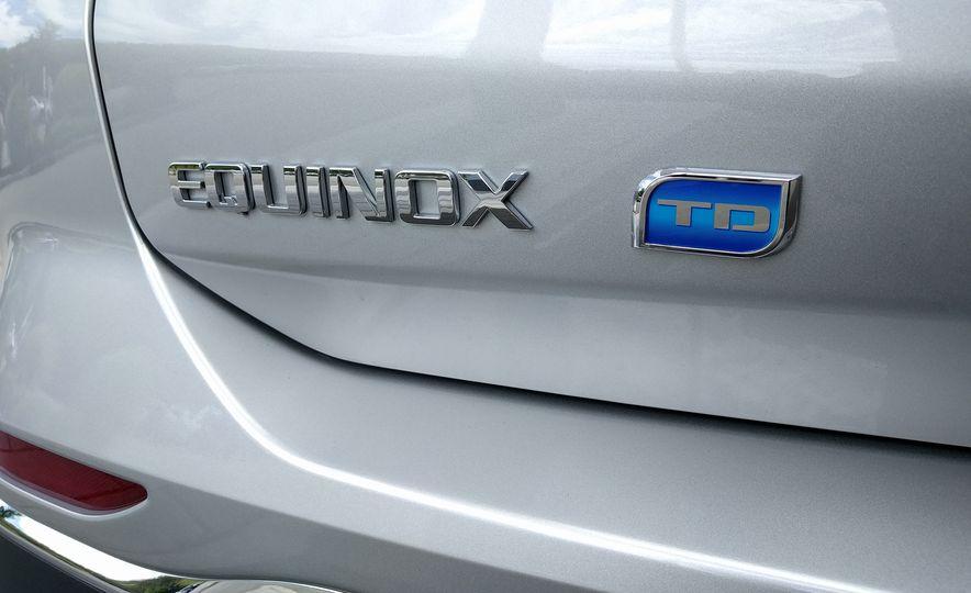 2018 Chevrolet Equinox Diesel - Slide 3
