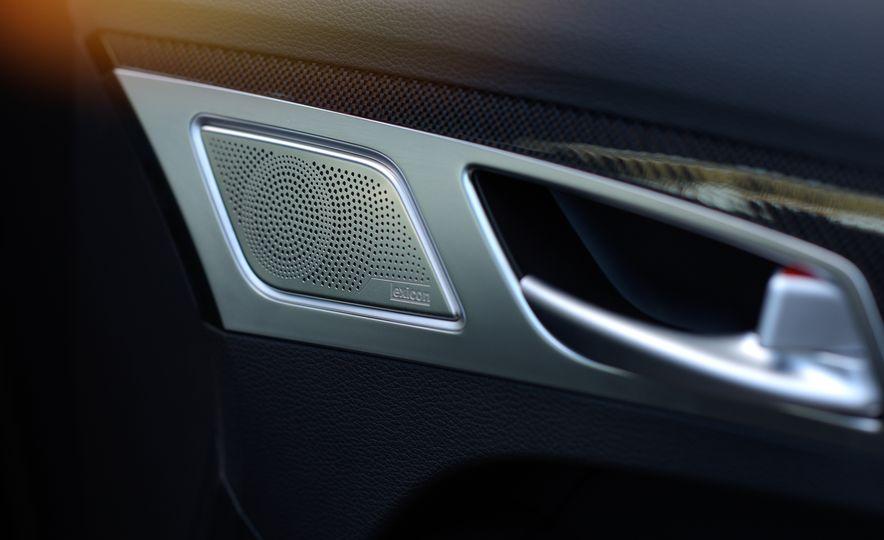 2018 Genesis G80 Sport AWD - Slide 32