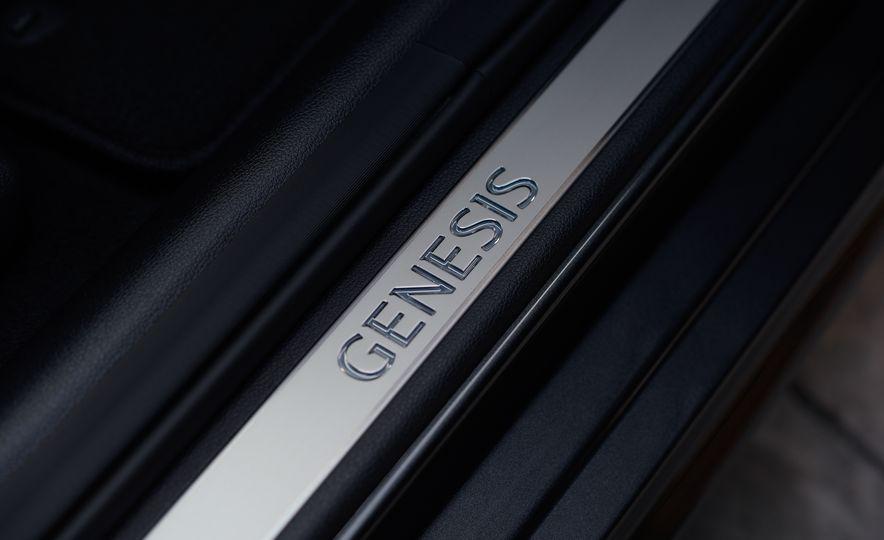 2018 Genesis G80 Sport AWD - Slide 33