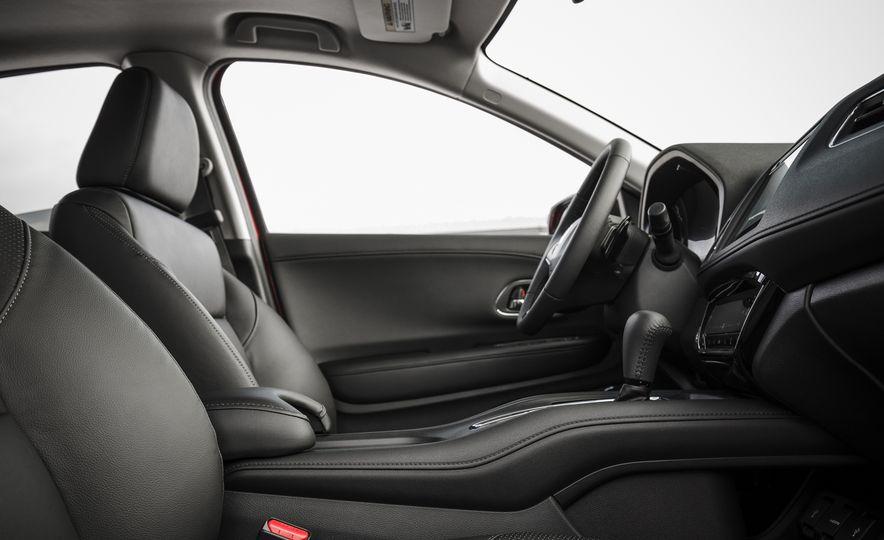 2018 Honda HR-V - Slide 31