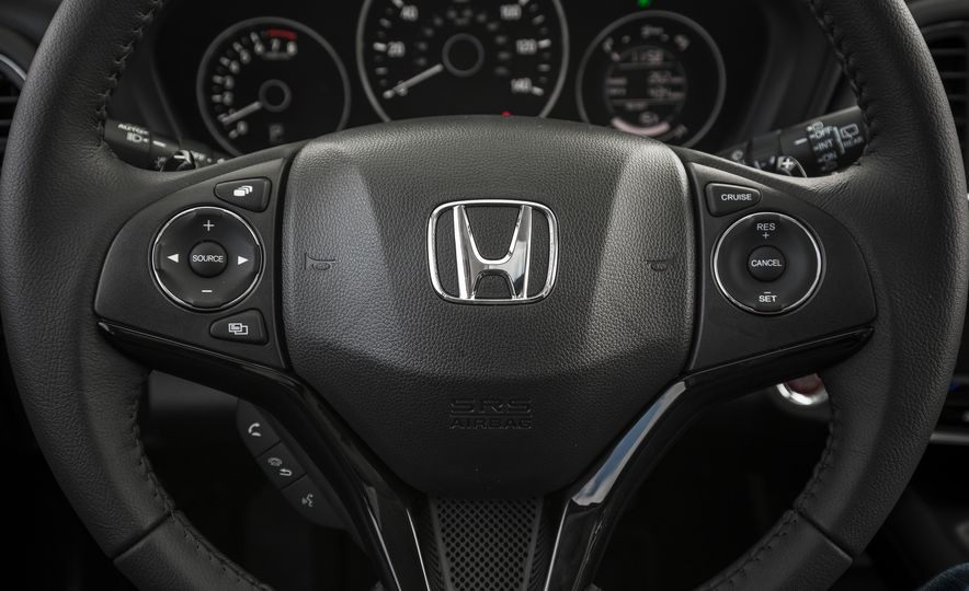 2018 Honda HR-V - Slide 37