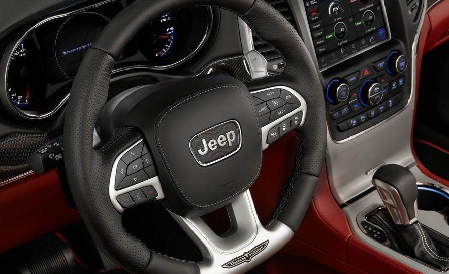2018 Jeep Grand Cherokee Trackhawk - Slide 28
