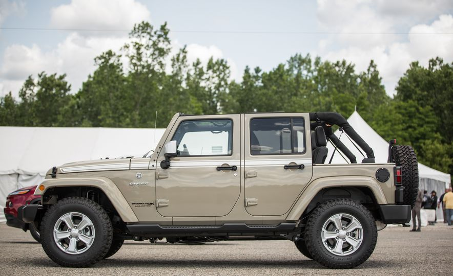 2018 Jeep Wrangler JK - Slide 15