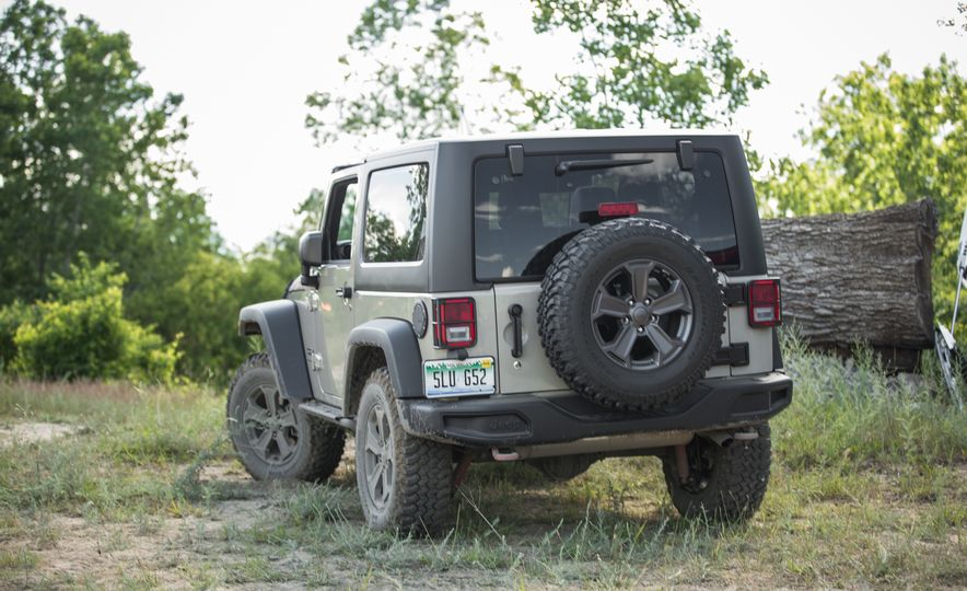 2018 Jeep Wrangler JK - Slide 4