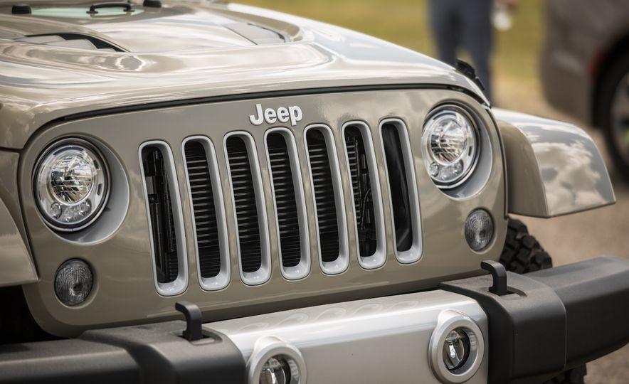 2018 Jeep Wrangler JK - Slide 17