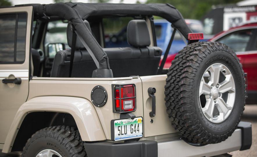 2018 Jeep Wrangler JK - Slide 19