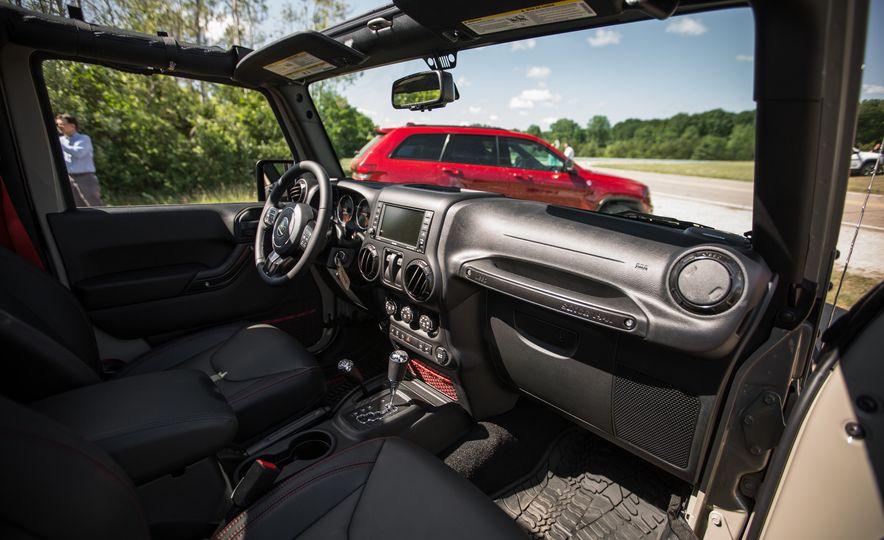 2018 Jeep Wrangler JK - Slide 21