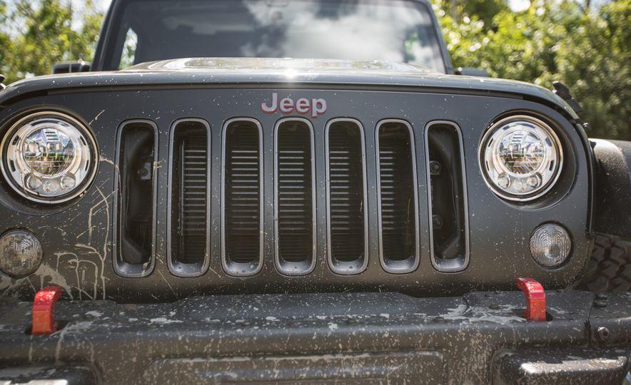 2018 Jeep Wrangler JK - Slide 26