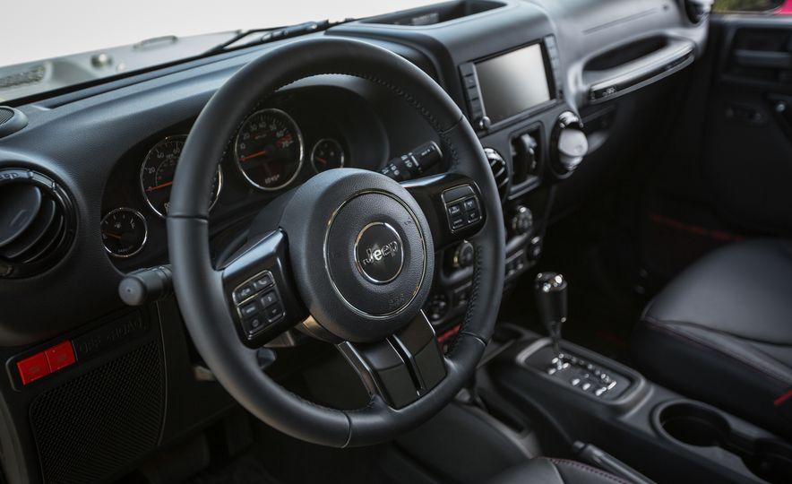 2018 Jeep Wrangler JK - Slide 28