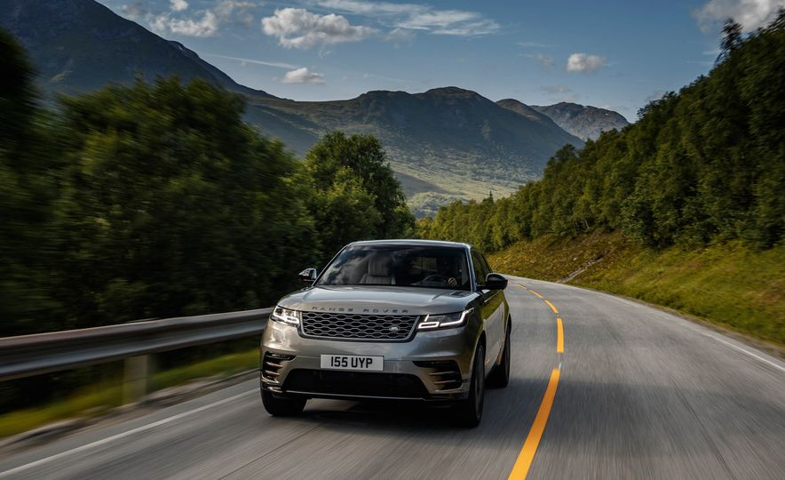 2019 Land Rover Discovery SVX - Slide 14