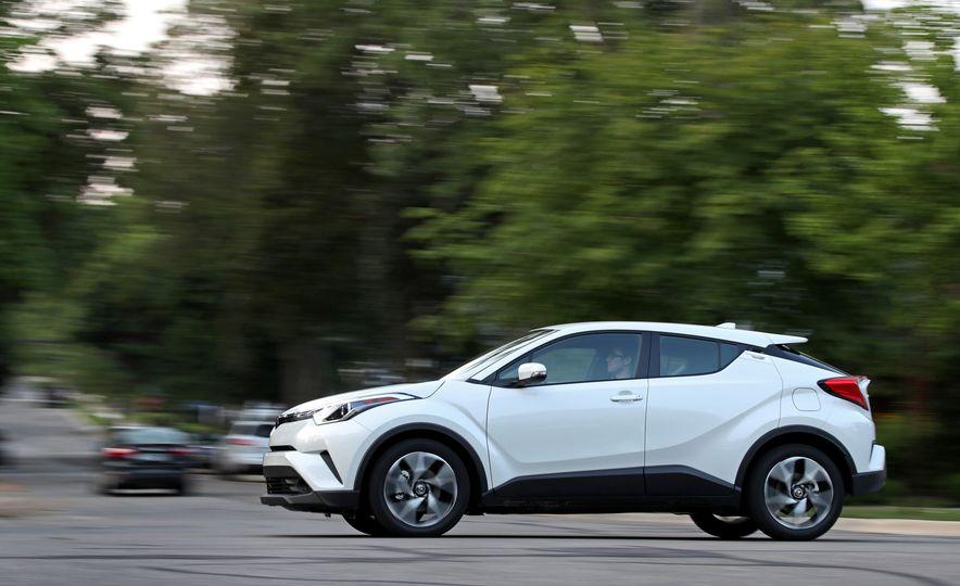 2018 Toyota C-HR - Slide 7