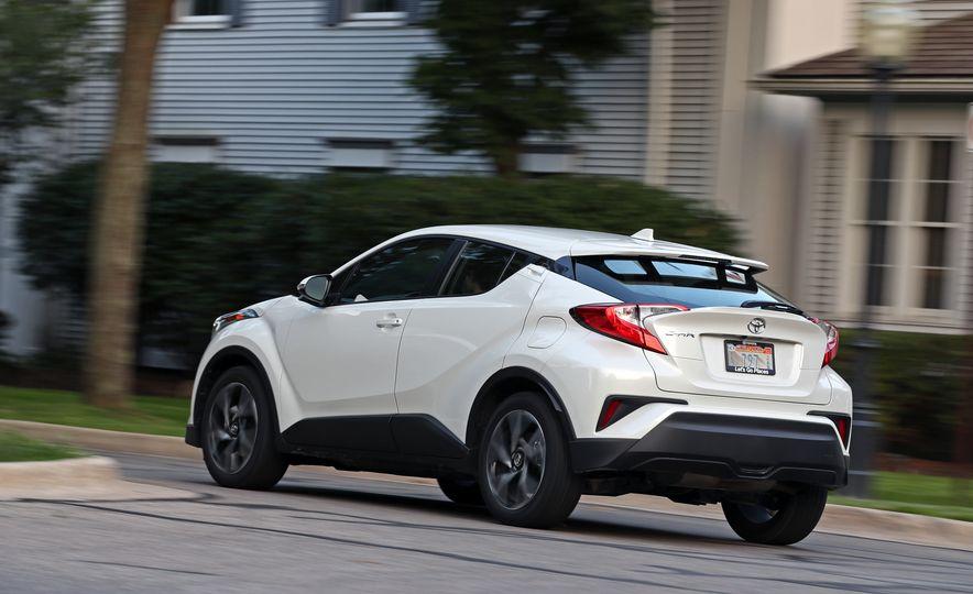 2018 Toyota C-HR - Slide 9