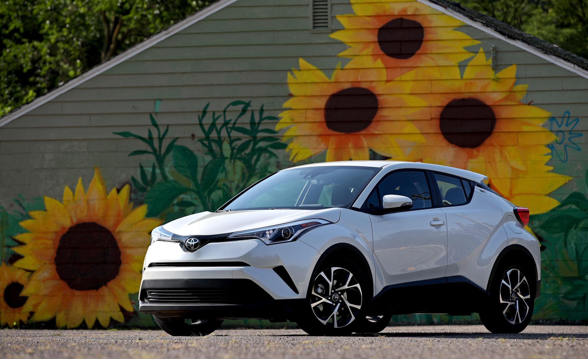 2019 Toyota C Hr Reviews Toyota C Hr Price Photos And Specs
