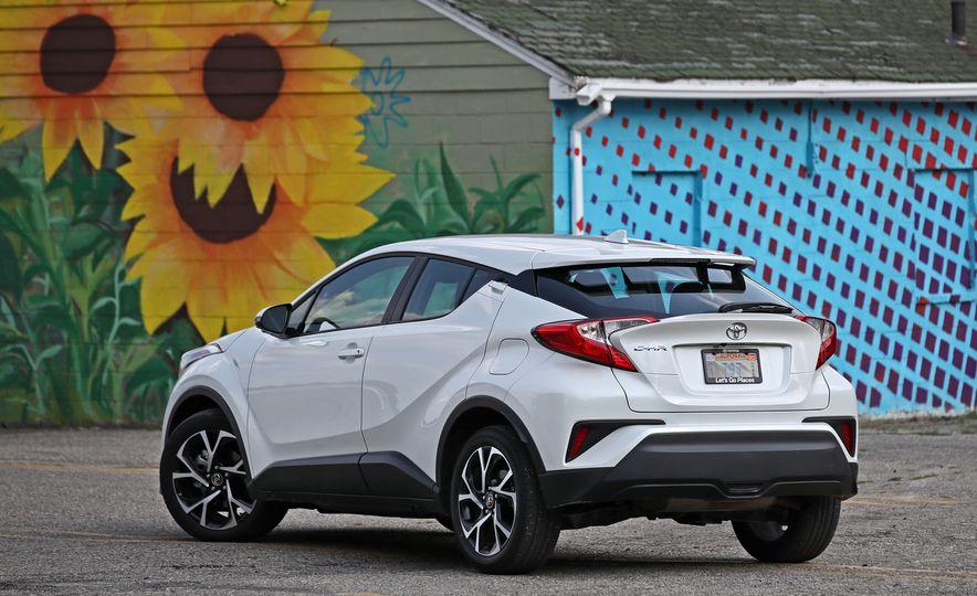 2018 Toyota C-HR - Slide 27