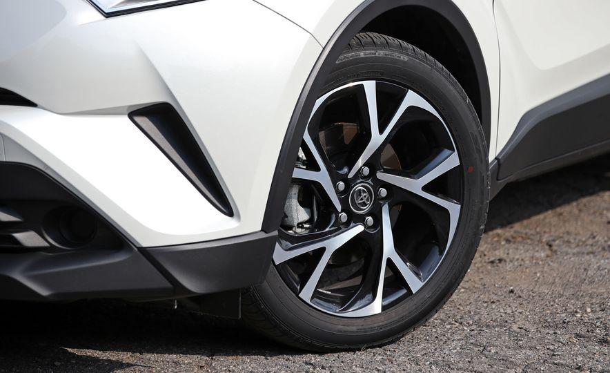 2018 Toyota C-HR - Slide 39
