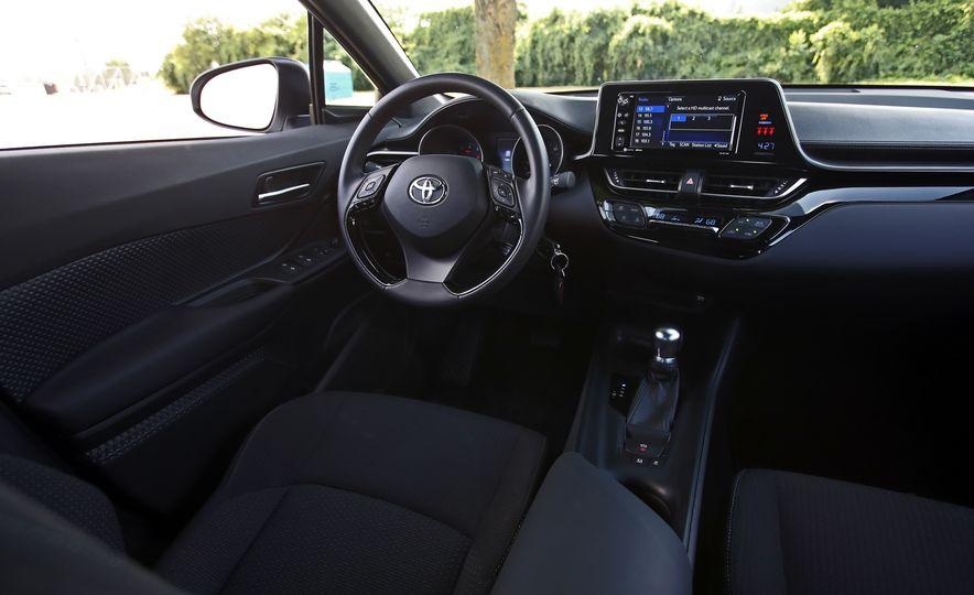 2018 Toyota C-HR - Slide 42