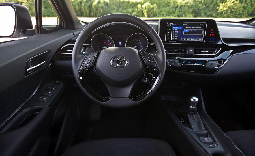 2018 Toyota C-HR - Slide 44