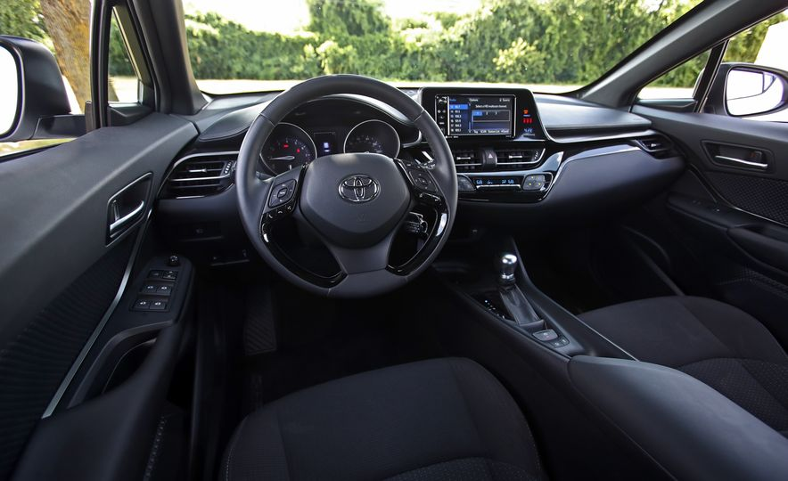 2018 Toyota C-HR - Slide 45