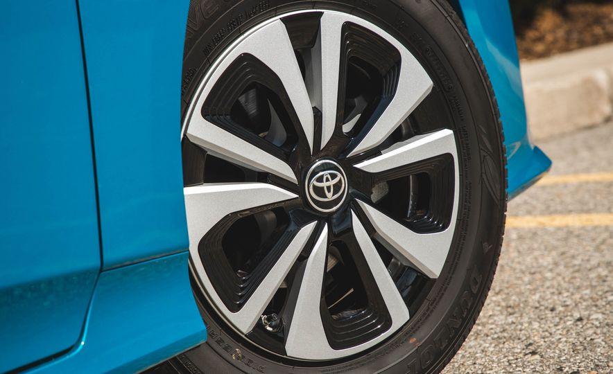 2017 Toyota Prius Prime - Slide 28