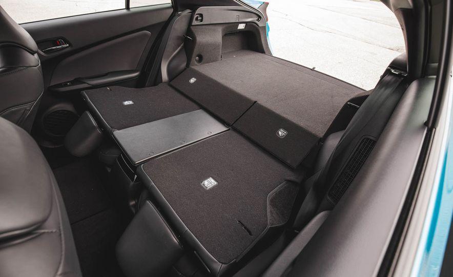 2017 Toyota Prius Prime - Slide 66