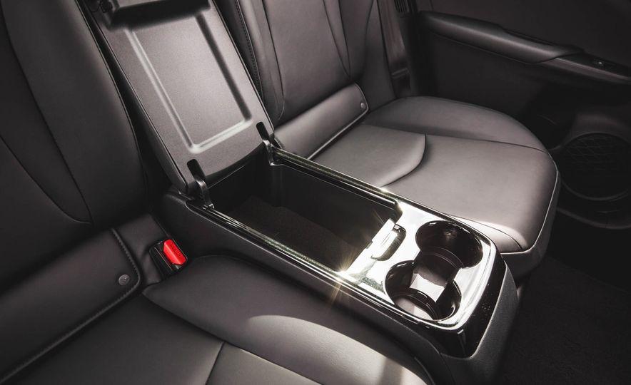 2017 Toyota Prius Prime - Slide 58