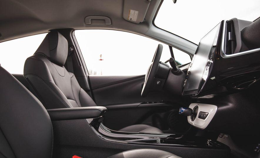 2017 Toyota Prius Prime - Slide 54