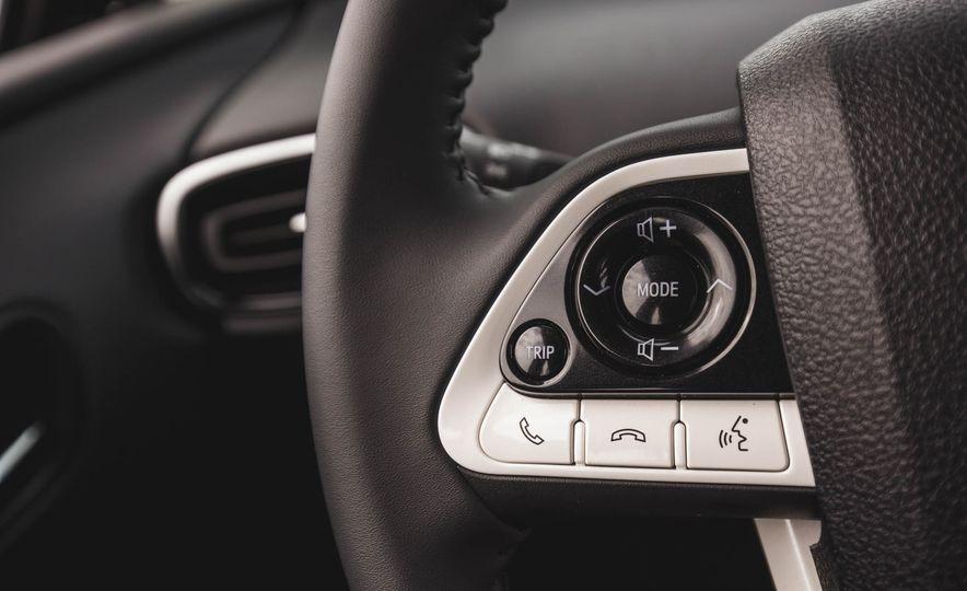 2017 Toyota Prius Prime - Slide 36