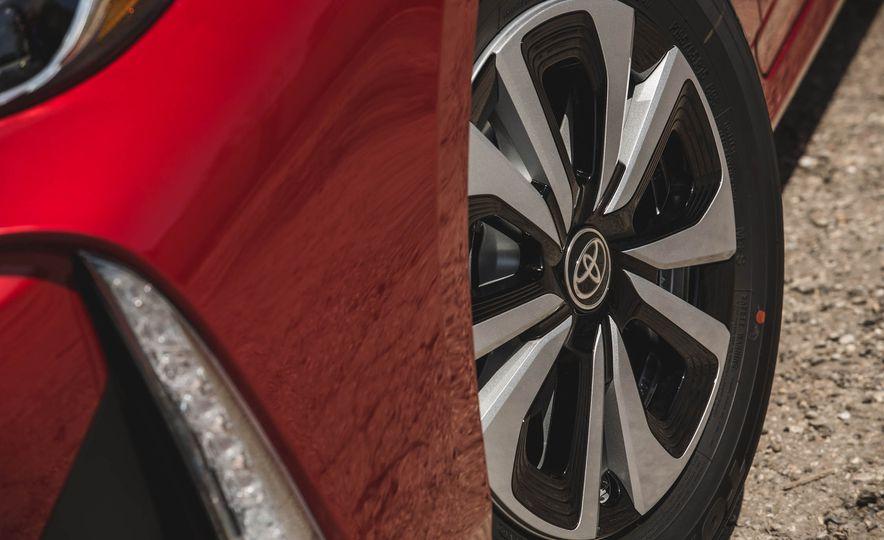 2017 Toyota Prius Prime - Slide 83