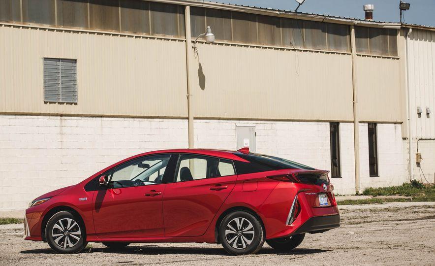 2017 Toyota Prius Prime - Slide 85