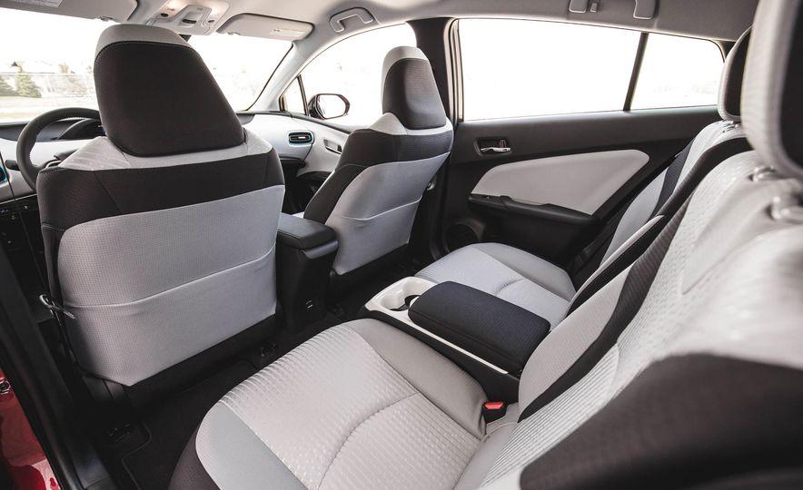 2017 Toyota Prius Prime - Slide 90