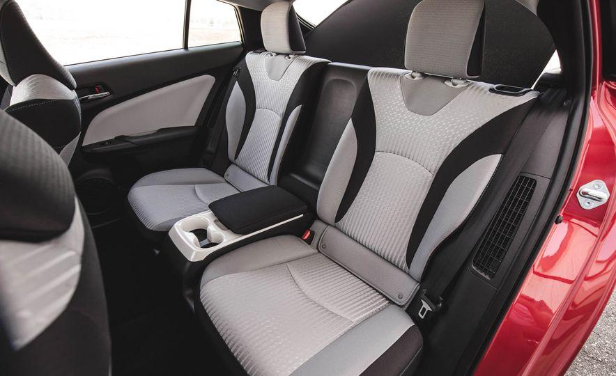 2017 Toyota Prius Prime - Slide 91