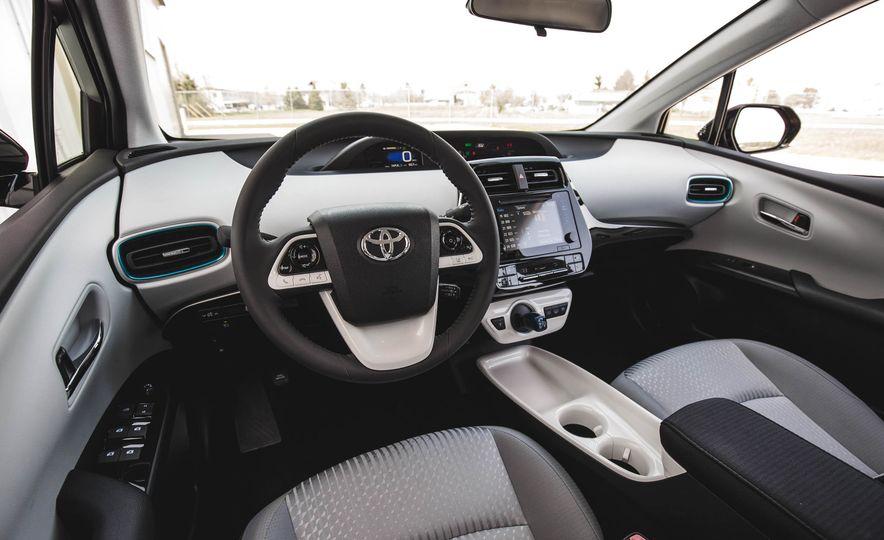 2017 Toyota Prius Prime - Slide 92