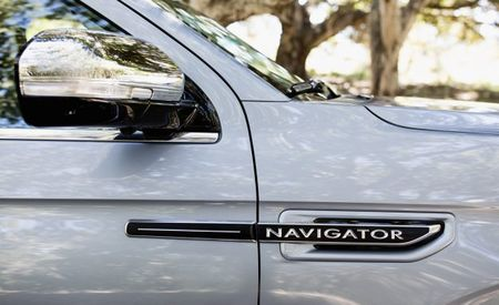Ford's Electrification Push Includes Plug-In Escape and Lincoln Navigator Hybrid