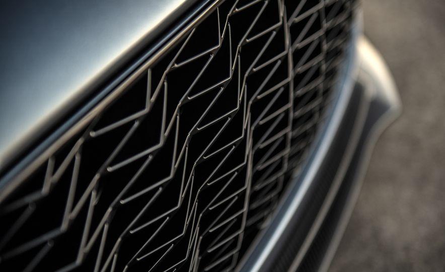 Aston Martin Vanquish Zagato family - Slide 14