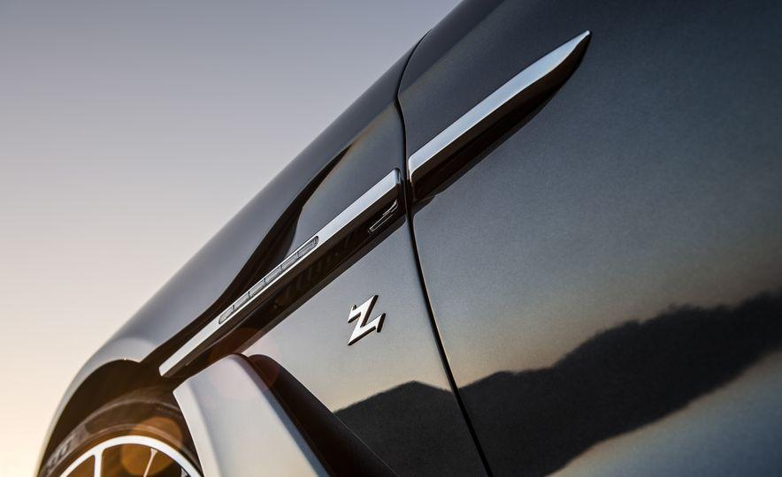 Aston Martin Vanquish Zagato family - Slide 15