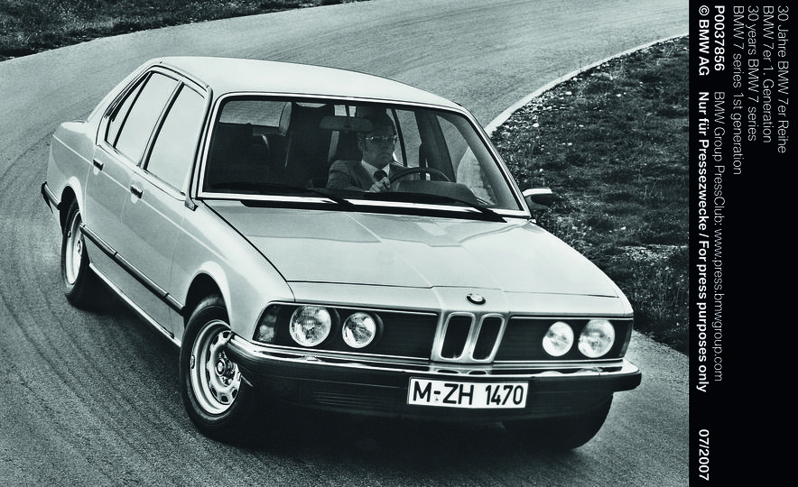 40 Years of the BMW 7-series - Slide 2