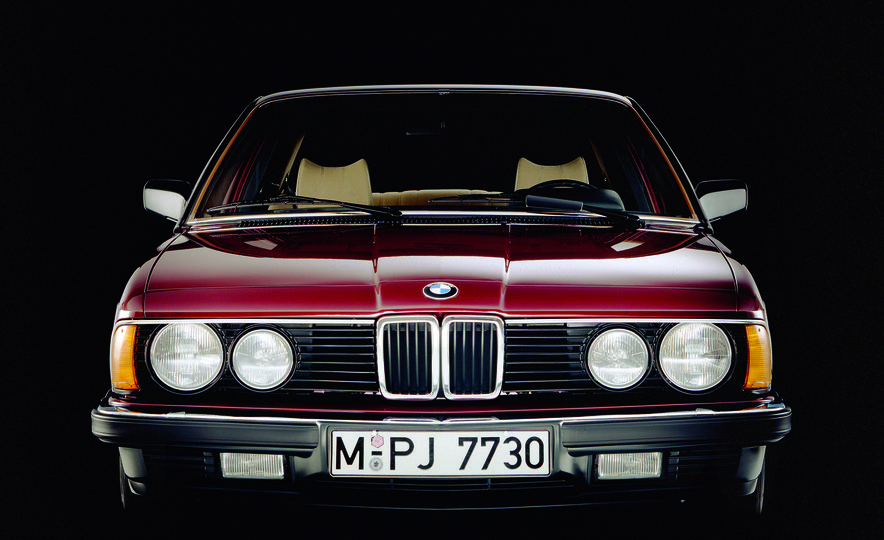 40 Years of the BMW 7-series - Slide 3