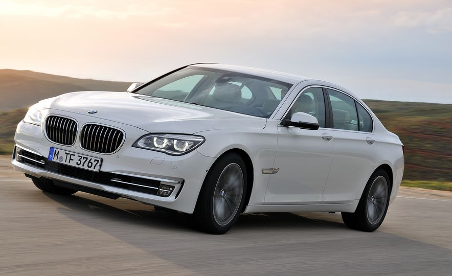 40 Years of the BMW 7-series - Slide 14