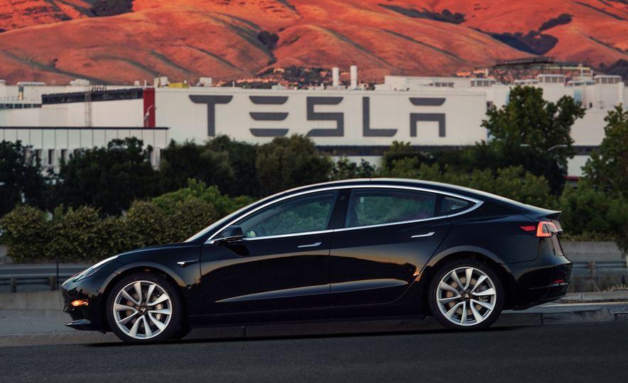 Electric Dreams: The Details behind Tesla's $36,000 Model 3 Electric Car - Slide 13
