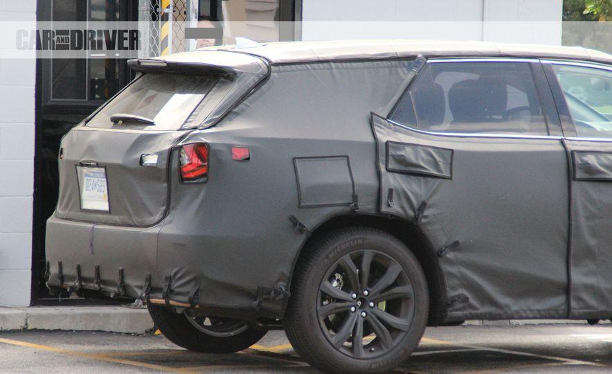 Lexus RX (spy photo) - Slide 10