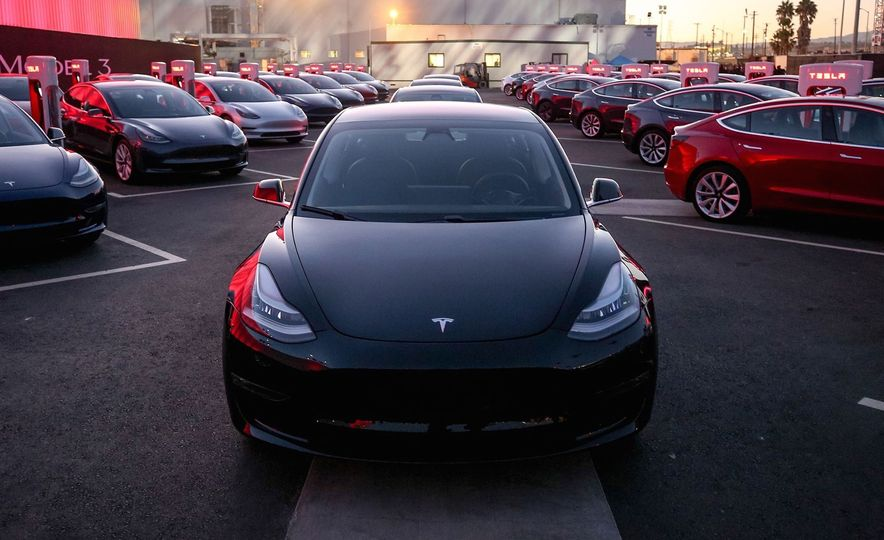 Electric Dreams: The Details behind Tesla's $36,000 Model 3 Electric Car - Slide 8