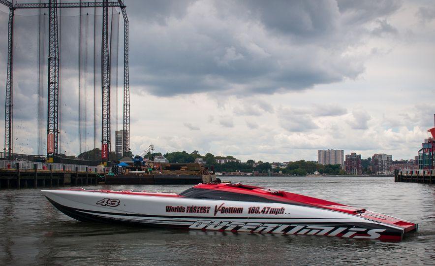 Mercury Marine Outerlimits racing boat - Slide 1